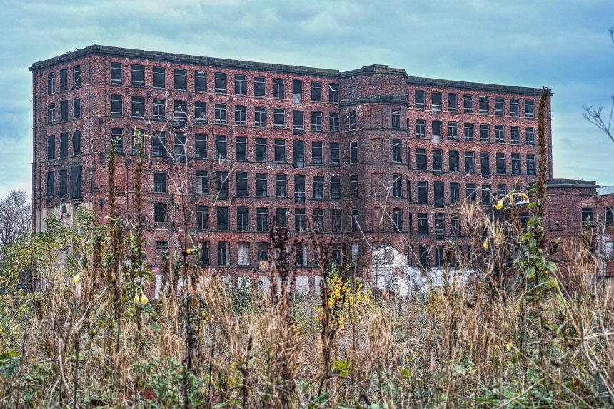 Hunslet Mill | Sigma DP3 Merrill | www/richardjwalls.com