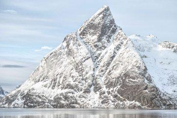 Olstind, Lofoten